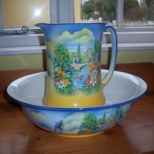 PRETTY WASH BOWL AND JUG