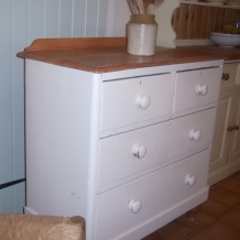 LOVELY VICTORIAN PINE CHEST OF DRAWERS