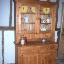 HIGH QUALITY PINE KITCHEN DRESSER