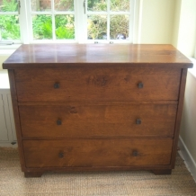 A POTTERY BARN NY CHEST OF DRAWERS