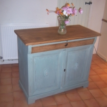 VINTAGE FRENCH CHIFFONIER / DRESSER BASE
