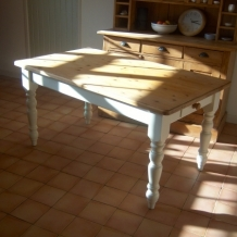 FARMHOUSE PINE AND CREAM DINING TABLE