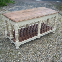 LOVELY GOTHIC STYLE TABLE / SIDEBOARD