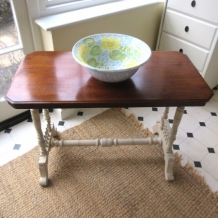 ANTIQUE SHABBY CHIC SIDE TABLE