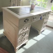 PAINTED PEDESTAL DESK