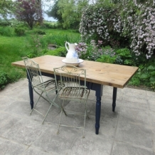 PRETTY RECLAIMED PLANK TOP DINING TABLE