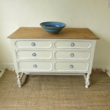 DECORATIVE SHABBY CHIC CHEST OF DRAWERS