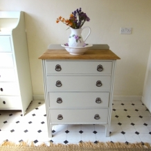 PAINTED VINTAGE OAK CHEST OF DRAWERS